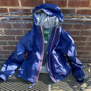 LL Bean Discovery lined rain jacket size 5/6